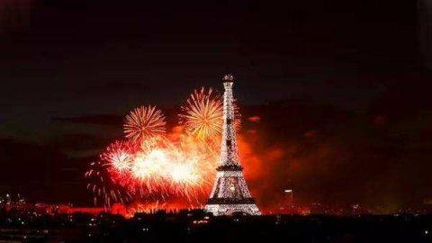 法国国庆日的来历,铁树银花的革命之路