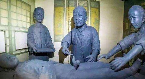 中国古代历史上记载的第一个有名的太监是哪位?