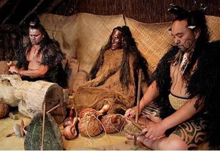 """新西兰原住民毛利族人反抗英国殖民者的""""毛利战争"""""""