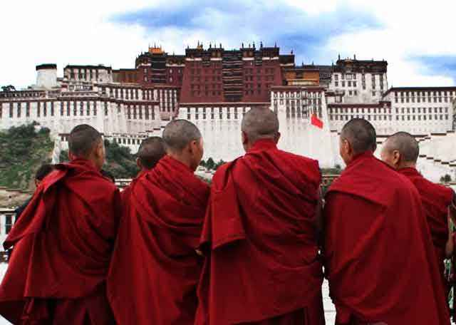 藏传佛教的班禅与达籁有什么区别?
